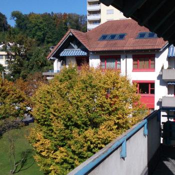Aussicht vom Balkon der Pflegewohnung Weitblick in Winterthur