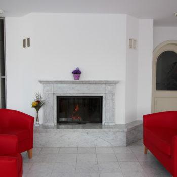 Gemeinschaftsraum mit Feuerstelle in der Pflegewohnung Weitblick von Spitex Futura24 in Winterthur Wülflingen.